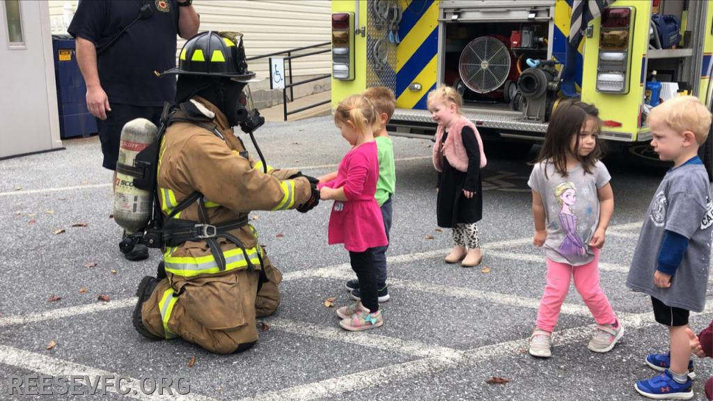 The young people meet Friendly Firefighter Thomas!